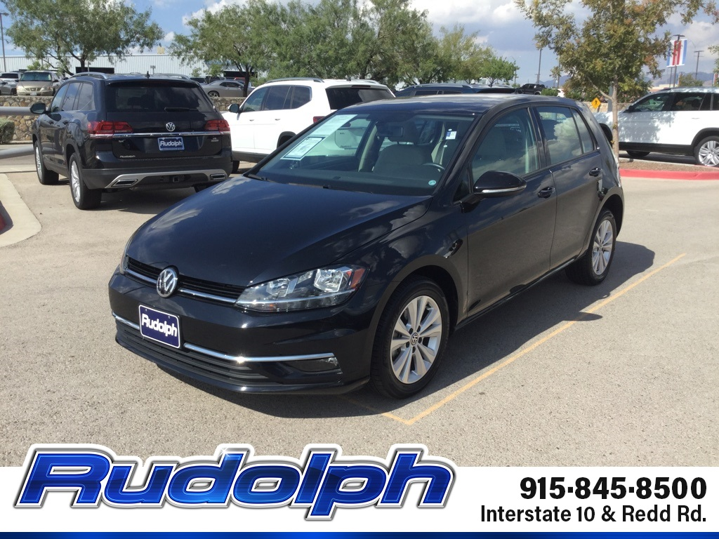 Pre-Owned 2018 Volkswagen Golf TSI SE 4-Door